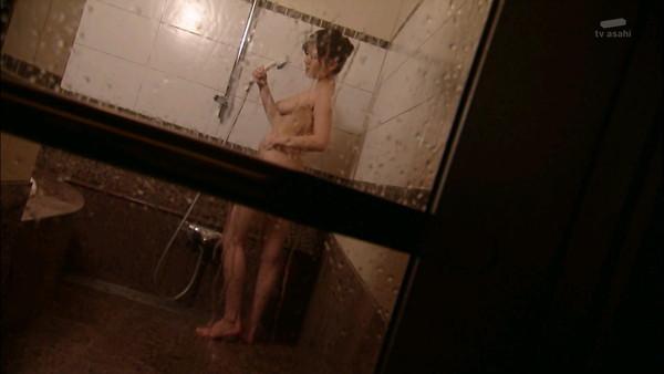 【芸能エロ画像】三浦理恵子!あの特命係長の濡れ場など過激画像が満載www 14