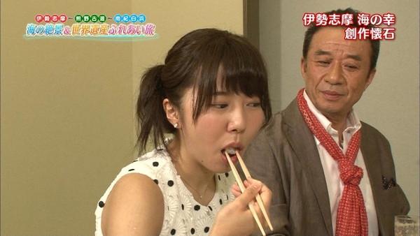【放送事故画像】テレビでそんな顔して食べられたら食べ物がチンコにしか見えないwww 10