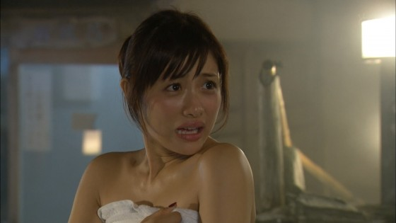 【放送事故画像】テレビでしか見れない女性の入浴姿がこちらwww 17