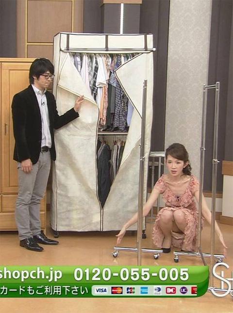 【放送事故画像】パンチラ&ローライズ&パンツ全開wテレビに映る色んなパンツww 05