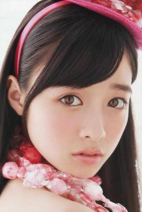 【芸能お宝画像】可愛すぎる橋本環奈ちゃんのちょいエロ画像wwまじで天使だったww 23
