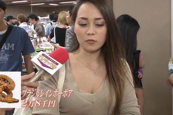 【放送事故画像】素人もアイドルもオッパイでかけりゃテレビに映れるってか?www 12
