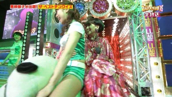 【放送事故画像】綺麗な足してるんだけど太ももはムチムチってエロくない?ww 14