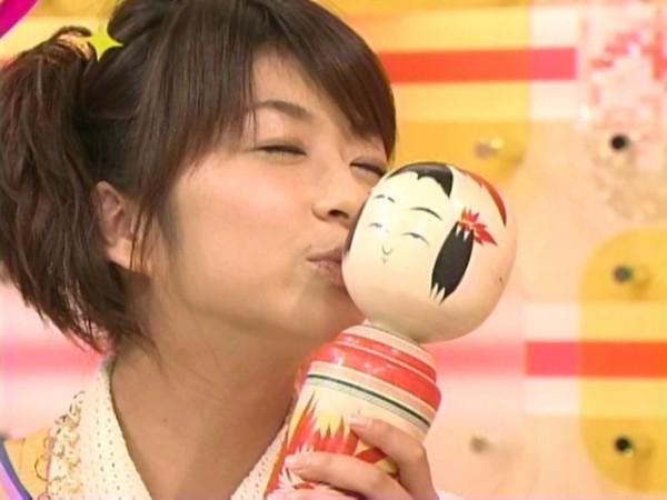 【放送事故画像】こんな顔してキスのおねだりされたら食べちゃいたくなるでしょwww