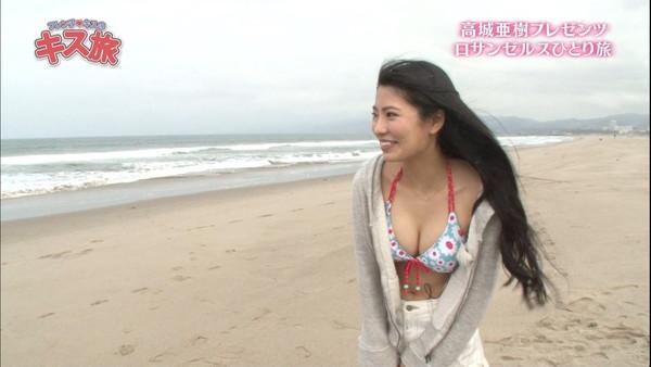 【放送事故画像】夏の思い出といえばやっぱり水着美女達?ww 20