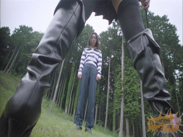【お宝エロ画像】監獄学園第3話!脱衣シーンで女の下着姿映りまくりww 12