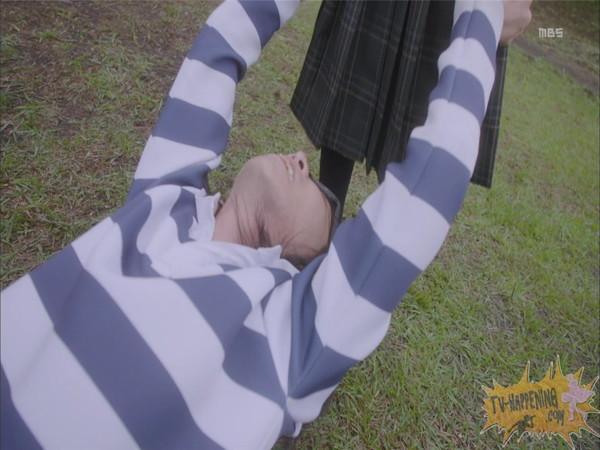 【お宝エロ画像】監獄学園第3話!脱衣シーンで女の下着姿映りまくりww 19