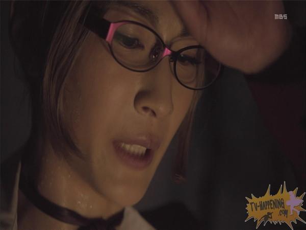 【お宝エロ画像】監獄学園第3話!脱衣シーンで女の下着姿映りまくりww 27