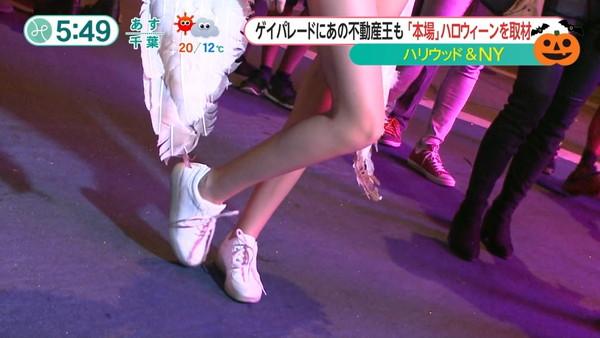 【放送事故画像】女子アナやアイドルの太ももってテレビで見られるだけあってエロいよなww 04