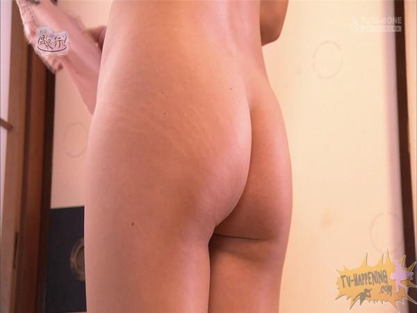【放送事故画像】もしやパイパン?温泉に行こうに出た女性がパイパンっぽいので際どいシーンがやばいww 16