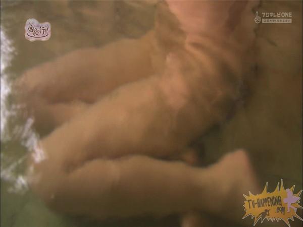 【放送事故画像】もしやパイパン?温泉に行こうに出た女性がパイパンっぽいので際どいシーンがやばいww 23