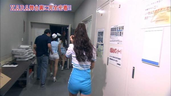 【放送事故画像】このお尻の形と言い大きさと言い間違いなく・・・安産だなwww 20