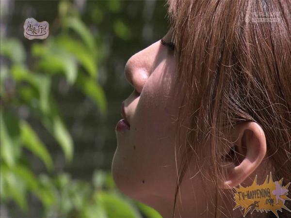 【お宝エロ画像】「温泉に行こう」に出てたギャルがお尻に日焼け跡くっきりでまじエロいんですけどww 33