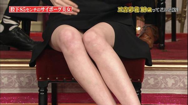 【放送事故画像】こんな太ももで膝枕とかされたらいい夢見れるだろうなぁwww 05