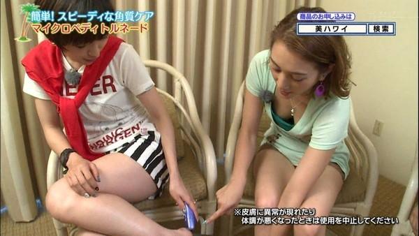 【放送事故画像】こんな太ももで膝枕とかされたらいい夢見れるだろうなぁwww 22