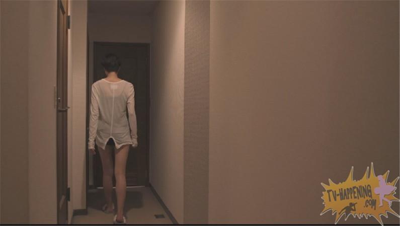 【お宝画像】トランジットガールズで遂にレズのベッドシーンか!?w 02