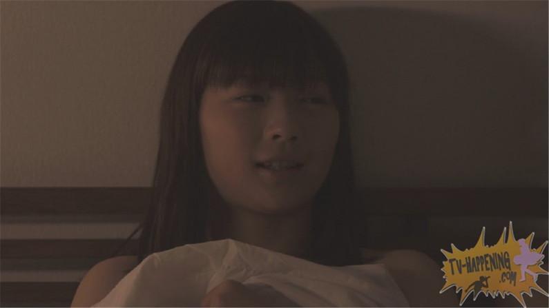 【お宝画像】トランジットガールズで遂にレズのベッドシーンか!?w 10