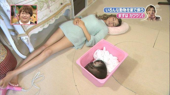 【放送事故画像】女の子のパジャマ姿や寝顔が可愛くて、思わず夜這いかけたくなるwww 15