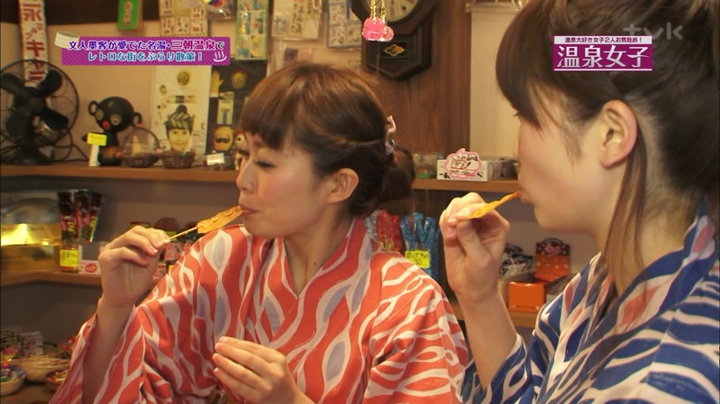 【疑似フェラ画像】食べ方一つでエロさが伝わってくる女子アナやタレントのフェラ顔ww 20