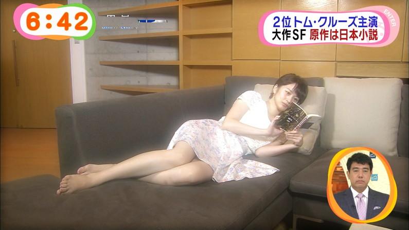 【放送事故画像】ムッチムチのエロい太もも露出してテレビに出てる女達がエロすぎww 05