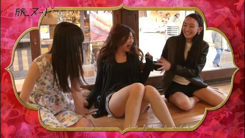 【放送事故画像】ムッチムチのエロい太もも露出してテレビに出てる女達がエロすぎww 22