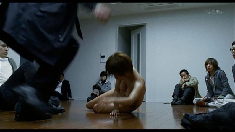 【お宝エロ画像】乳首まで惜しみなくさらけ出し渾身のエロ演技を演じる女優たちww 11