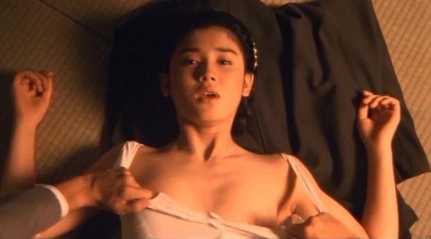 【お宝エロ画像】乳首まで惜しみなくさらけ出し渾身のエロ演技を演じる女優たちww 17