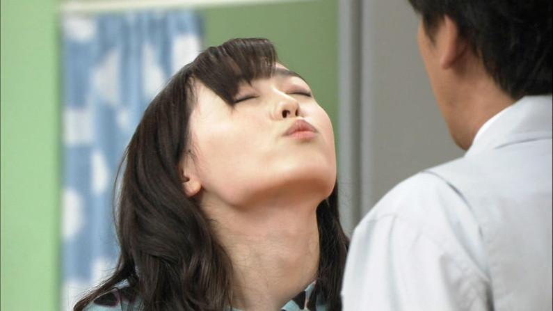 【放送事故画像】キス顔とかキスシーン見てたらキュンキュンしない?ww 04