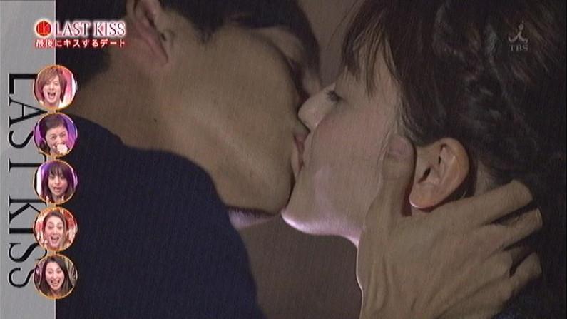 【放送事故画像】キス顔とかキスシーン見てたらキュンキュンしない?ww 19
