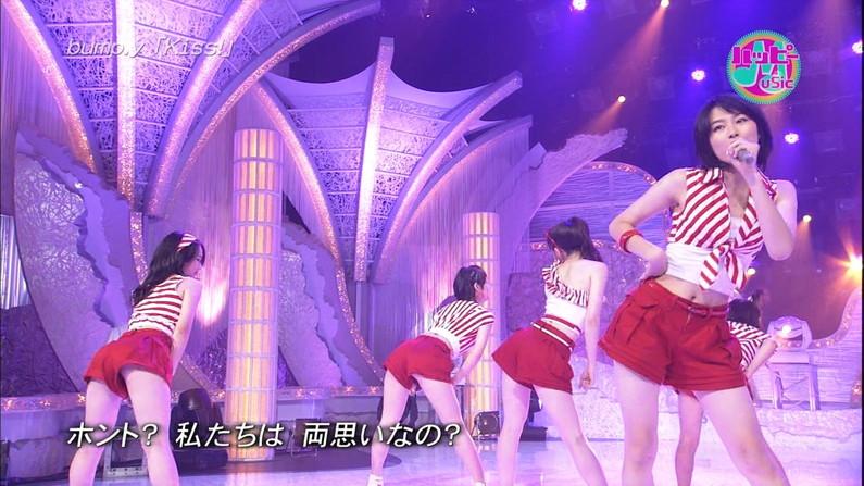 【放送事故画像】スタイル抜群の芸能人がそのくびれボディーをお披露目!おへそも可愛い~ww 05