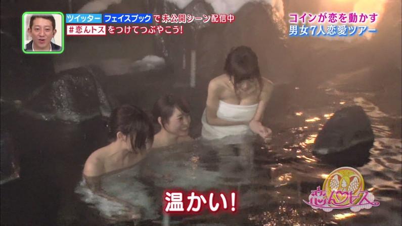 【放送事故画像】温泉レポやってても効能より絶対谷間の方が気になるよなwww 18