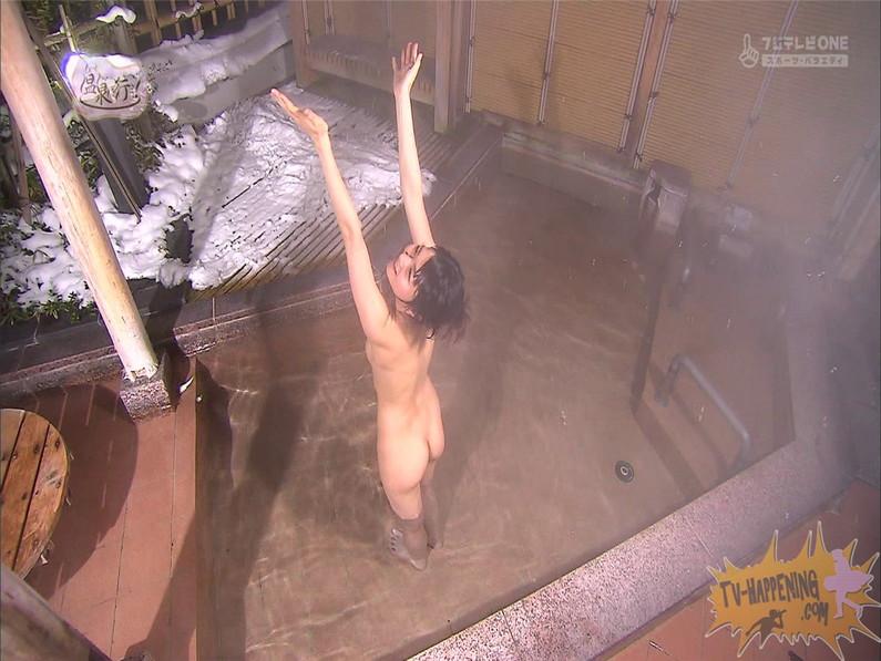 【お宝エロ画像】もっと温泉に行こうに出てくるだらしないお尻が逆にエロいんだよwww 65
