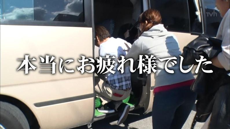 【放送事故画像】お尻がエロすぎたんでつい後ろからも撮っちゃいましたwww 14