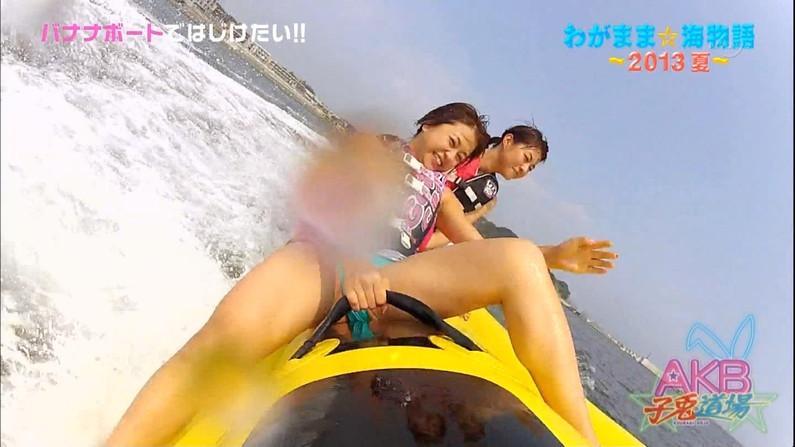 【放送事故画像】テレビで大開脚!その結果股間を激写される女達www 12