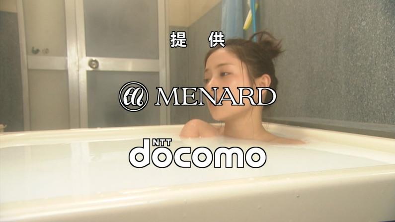 【放送事故画像】こんな女の人とお風呂入ったらいろんな意味で気持ちよくなっちゃいそうだなww 24