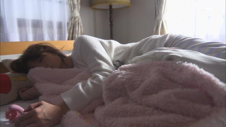 【放送事故画像】思わず悪戯したくなるような超可愛い寝顔に癒されたくないか? 03
