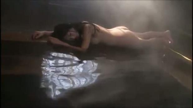【放送事故画像】マンちら、ポロリに期待のかかる温泉レポ!何も無くても十分エロいけどww 13