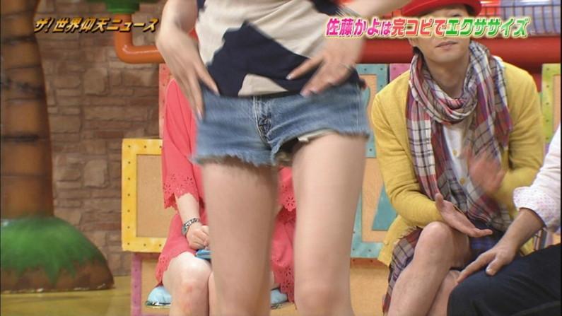 【放送事故画像】ムチムチ太股見てると段々ムラムラしてくるタレントの美脚!! 19
