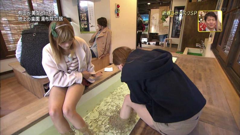 【放送事故画像】ムチムチ太股見てると段々ムラムラしてくるタレントの美脚!! 24