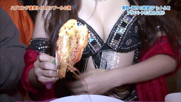 【放送事故画像】爆乳美女達が水着でそのオッパイをこれでもかと言うくらいに見せつけてるww 15