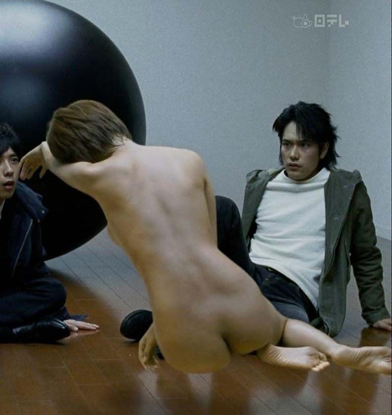 【お宝濡れ場画像】女優達が全裸で演ずる濡れ場のシーンが過激すぎて勃起不可避な件ww 02