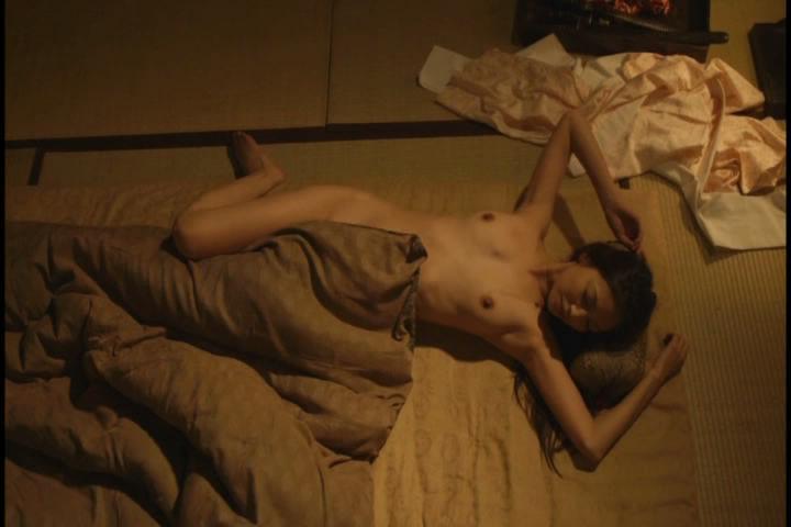 【お宝濡れ場画像】女優達が全裸で演ずる濡れ場のシーンが過激すぎて勃起不可避な件ww 14
