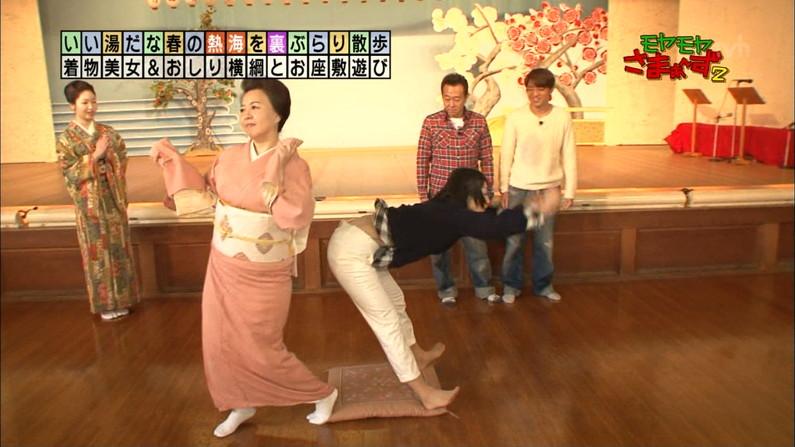 【放送事故画像】女子アナのピタパンお尻を見てたら勃起が収まらなくなってどぉしようもない件w 04