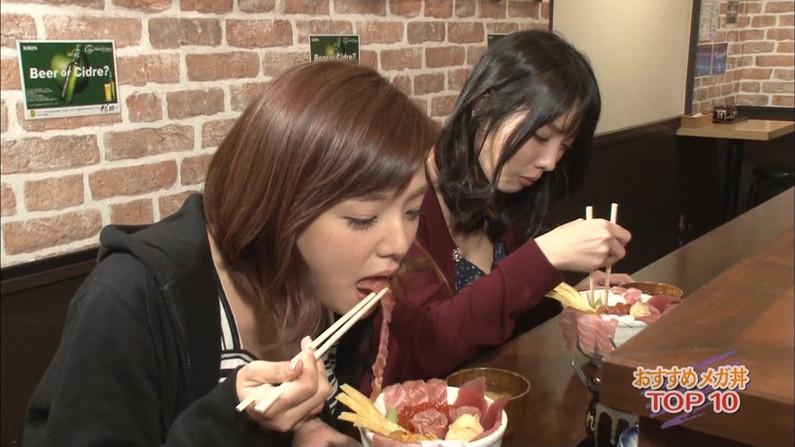【擬似フェラ画像】食レポで料理の情報より自分のエロさを伝えてしまう女子アナ達の顔ww 05