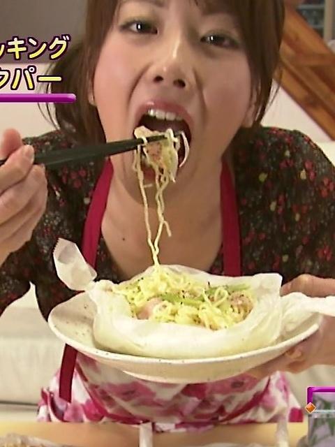 【擬似フェラ画像】食レポで料理の情報より自分のエロさを伝えてしまう女子アナ達の顔ww 07