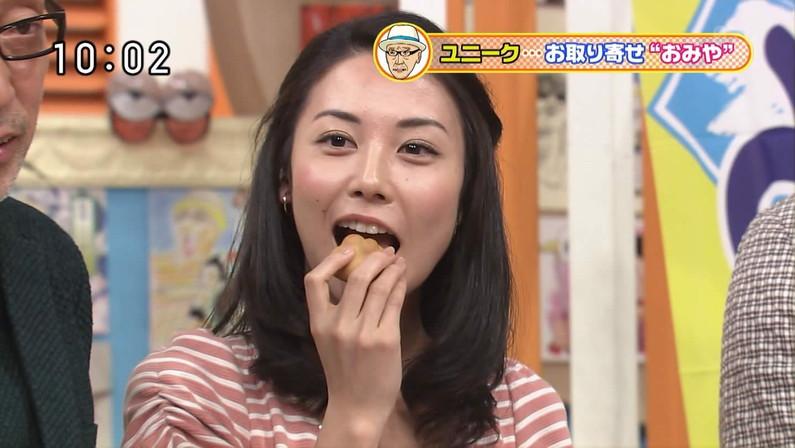 【擬似フェラ画像】食レポで料理の情報より自分のエロさを伝えてしまう女子アナ達の顔ww 24