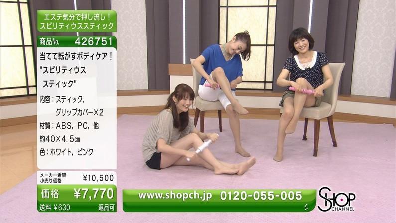 【テレビキャプ画像】普段ほぼほぼ見る事の無い女性タレントの足の裏に興奮してしまったww 20