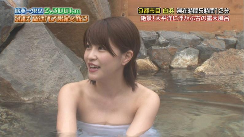 【テレビキャプ画像】女性タレントの裸姿が安易に想像できちゃう温泉レポww 18