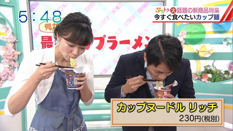 【擬似フェラ画像】エロい表情で食レポする女子アナ達の擬似フェラテクニックがやばいww 05