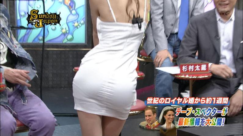 【お尻キャプ画像】テレビなのにそんなエロいお尻突き出して挿入待ちポーズですか?w 02